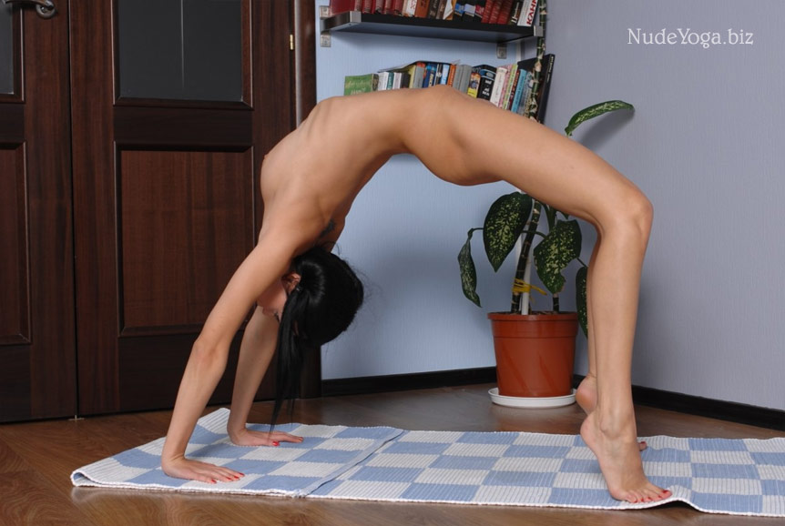 Flexible yoga girl